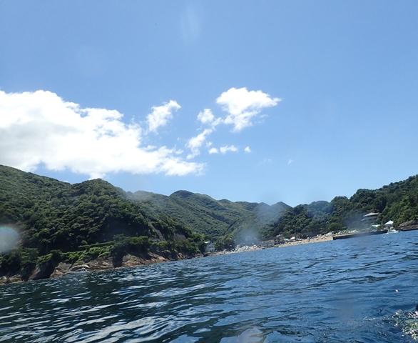 今日は山の日!私たちは雲見で楽しいダイビングです![1]